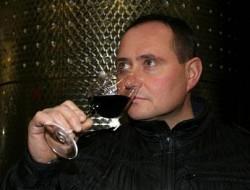 Vladimir-Tetur-fotka-vina-C5-99e